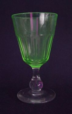 Sweet Wine Stem Uranium Glass