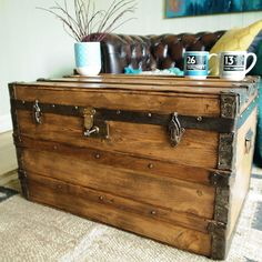 Marvelous VINTAGE TRUNK Storage Chest VICTORIAN BANDED STEAMER TRUNK Pine Box COFFEE  TABLE Pictures Gallery