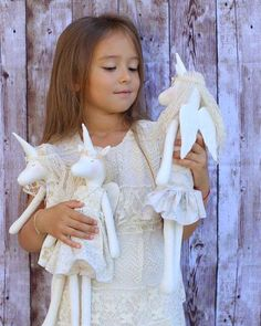 Купить или заказать Текстильные куклы , Единорог в интернет-магазине на Ярмарке Мастеров. Единороги сшиты из хлопка , набиты холофайбером, одёжка может быть съемной .