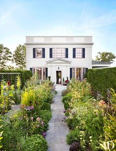 Katie Ridder and Peter Pennoyer put a colorful spin on a Greek Revival home in upstate New York.