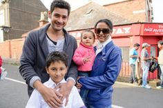 Namrata Shirodkar, born on January is married to south superstar Mahesh Babu. As the actress turns 48 today, we take a look at some candid pictures of her and Mahesh Babu with their children Mahesh Babu Wallpapers, Sivakarthikeyan Wallpapers, Bride And Prejudice, Bollywood Couples, Next Film, Actor Photo, Celebrity Moms, Telugu Cinema, Indian Celebrities