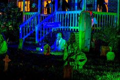 No Rest for the Wicked....Something wicKED this way comes....: The Wicked Woods Cemetery Halloween 2014
