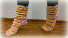 Arkimamman Arkiralli: Vaahtokarkki-kumpareet Leg Warmers, Socks, Accessories, Fashion, Leg Warmers Outfit, Moda, Fashion Styles, Sock, Stockings