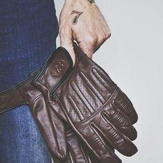 Sprint Glove