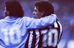 2 Legends, 1 Pic!  #Maradonna #Baggio