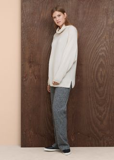 Pull-over 100 % cachemire - Cardigans et pull-overs Grandes tailles Cashmere Fabric, Cashmere Sweaters, Mango Outlet, Roll Neck, Pulls, Minimalist Fashion, Cable Knit, Sweater Cardigan, The 100