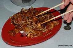 Char Kuay Teow @ New Lane Hawker Center: Pork Intestine Porridge