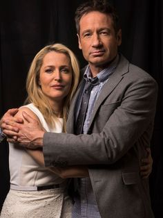 Gillian Anderson and David Duchovny. Scully and Mulder Gillian Anderson David Duchovny, David And Gillian, Fbi Special Agent, Believe, Chris Carter, Dana Scully, Best Tv Shows, Filing, Actors & Actresses