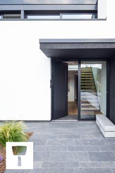 Architecture House Discover Create the most elegant garden Back Garden Design, Backyard Garden Design, Backyard Ideas, Garden Architecture, Architecture Design, Modern Outdoor Living, Modern Gardens, House Extensions, Tiny House Design