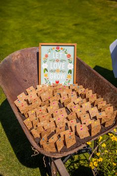 Cute Wedding Favors Not only was this an adorable gift to thanks your guests, but the bride and groo Wedding Games, Wedding Favours, Wedding Venues, Wedding Planning, Pagan Wedding, Farm Wedding, Dream Wedding, Garden Wedding, Perfect Wedding Dress