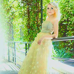 Evanna Lynch... Luna Lovegood. <3