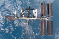 http://www.harrisonruess.com/wp-content/uploads/2013/11/6-STS-122_ISS_Flyaround.jpg