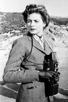 "deborahkerr: "" ""Ingrid Bergman photographed on the set of Journey to Italy "" "" Old Hollywood Movies, Golden Age Of Hollywood, In Hollywood, Roberto Rossellini, Victor Fleming, Swedish Actresses, Ingrid Bergman, Portraits, Humphrey Bogart"