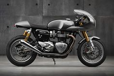 Review: 2016 Triumph Thruxton.   Cast your mind back. Way back. Back to a time when blogs like Pipeburn were nothing more than twinkles in their creator's eye. Back before you'd see cafe racers running around the streets and filling up Youtube videos. Now you're in the mid noughties. The more lucky ones amongst us had alreadythe onlineimagesshowing the amazing creations that were...