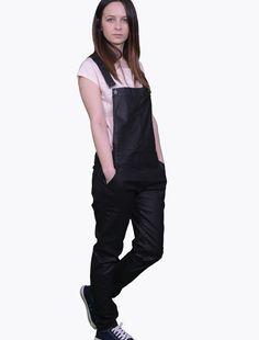 Salopeta Stradivarius negru lucios Reduceri Salopeta Stradivarius, marime L, material bumbac 73% poliester 25% elastan 2% Apron, Overalls, Pants, Fashion, Trouser Pants, Moda, Fashion Styles, Women's Pants, Women Pants
