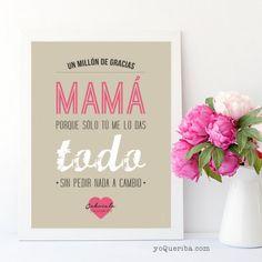 Perfecta para regalar el Día de la madre, o en cualquier momento, porque ellas se merecen esto y ¡mucho más! Personaliza la combinación de colores y puedes incluir, además, el nombre del pequeño o pequeña que se la regalan y la fecha.