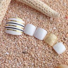 Classy black, gold & white Nail Design, Nail Art, Nail Salon, Irvine, Newport Beach