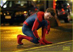 Marvel Comic Universe, Marvel Dc, Maggie And Jake Gyllenhaal, Avengers Actors, Bug Boy, Spiderman Kids, Harrison Osterfield, Tom Holland Peter Parker, Men's Toms