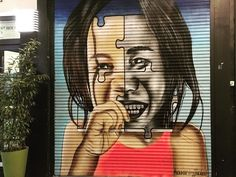 #bruxellesmabelle  #bxlove #bybrussels #bruxellestagram #bruxellesjetaime #bxl_online #visitbrussels #belgium #graffiti #streetart #streetstyle #urban #city #artwork #graffitiart #volet #centreville #color #blackandwithe