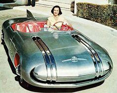 Pontiac Club de Mer Dream Car in 1956 - Car of the future