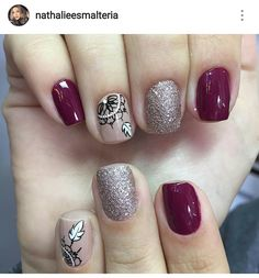 43 Unique Spring And Summer Nails Color Ideas That You Must Try 110 Nail Art Designs Images, Nail Designs, Trendy Nails, Cute Nails, Hair And Nails, My Nails, Valentine Nail Art, Flower Nails, Gorgeous Nails