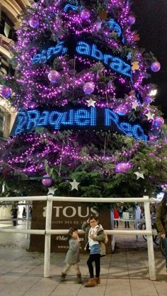 Big christmas tree by t0us