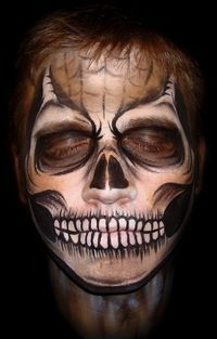 We've put collectively some really horrifying Halloween Face Painting ideas for men women and kids. These Images will help you to paint your face yourself Halloween Face Paint Scary, Creative Halloween Costumes, Halloween Skull, Halloween Make Up, Halloween Crafts, Halloween Face Makeup, Facepaint Halloween, Halloween Ideas, Scary Makeup