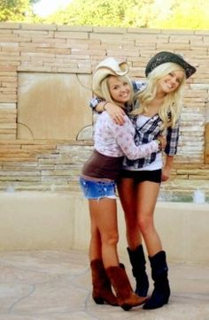 Sorry...I'm going crazy with these pictures. But we can dress as cow girls!