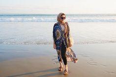 Beach outfit #kutabeach  ☀️ . . . . .  #hijabfashion#modestfashion#modesthijabi#modestbloggers#torontoigers#modestyofahijabi#modeststreetfashion#torontofashion#modesthijabers#fashionmodesty#fashionblogger#motd#muslimahchamber#hijab_fashioninspiration#muslimahapparelthings#hijabiselegant#torontoblogger#hijabchamber#chichijab#modestbeachwear#beachwear
