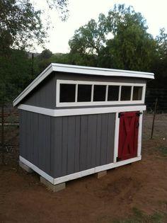 Pallet duck house
