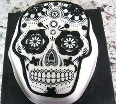 Skull Cake  Skull Cake edible print and fondant  #skulls #halloween #halloweencake #cakecentral