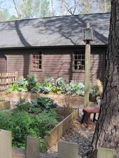 Classic, New England kitchen garden. My Red Cape love this garden Colonial Garden, Love Garden, Garden Ideas, Fall Vegetables, Little Gardens, Victory Garden, Backyard, Patio, Raised Garden Beds