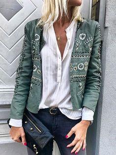 fall coats for women casual Top Fashion, Fashion Outfits, Womens Fashion, Fashion Tips, Fashion Trends, Jackets Fashion, Style Fashion, 2000s Fashion, Bohemian Fashion