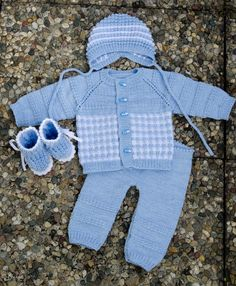 Diy Crafts - Diy Crafts - All rights reserved to their respective owners Baby Dress Pattern Free, Baby Pants Pattern, Baby Booties Knitting Pattern, Baby Boy Knitting Patterns, Knitting For Kids, Crochet Baby Mittens, Crochet Baby Jacket, Knit Baby Dress, Knitted Baby Clothes