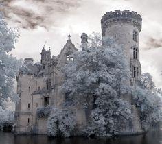 chateau de la mothe chandenier