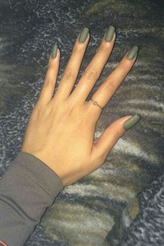 matte nails for fall; simple matte nails;chic nail designs;easy designs for short nails; winter matte nails; black matte nails; coffin matte nails; blue matte nails; matte acrylic nails.