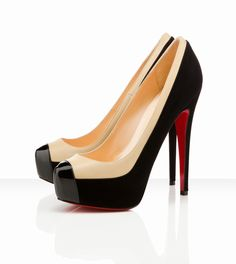 Christian Louboutin Mago, the only thing that could possibly make these pumps more amazing is if they were on my feet!