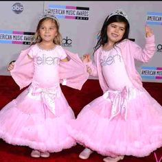 Sophia-Grace and Rosie from the Ellen show. So cute