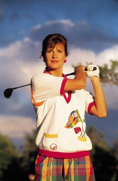 treat your motherto professional golf lessons for just $100 available on her schedule. 4 - 1/2 private lessons, practice balls and the hst included free video analysis will cover the full swing, short game and putting look forward to seeing you on the lesson tee at pros golf centre. to register, go to www.pyramidgolfacademy.com call, text 289-925-7885 email - nhitzroth@gm