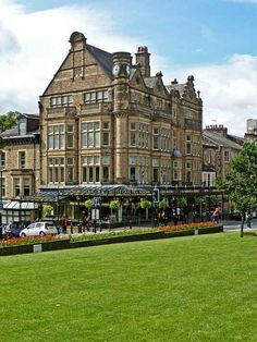 Yorkshire Voted Best British Holiday Destination: Bettys and Taylors of Harrogate. Photo by Tim Green aka atoach