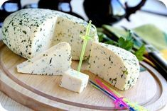 Several homemade cheese recipes in Russian No Salt Recipes, Cheese Recipes, Sweet Recipes, Cooking Recipes, Homemade Cheese, Wine Cheese, Russian Recipes, Cottage Cheese, Food Inspiration