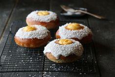 SKOLEBRØD Sour Cream, Doughnut, Eat Cake, A Food, Quiche, Cheesecake, Muffin, Sweets, Baking