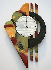 Joe Ferris - This is a great contemporary wall clock design! It has a brushed aluminum clock face with beautiful blended and texturized colors with a faux painted black circle. Metal Wall Sculpture, Wall Sculptures, Metal Wall Art, Wood Art, Clock Art, Clock Decor, Wall Clocks, Unusual Clocks, Metal Clock