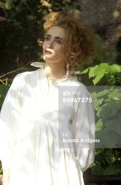 JANUARY 01: Photo of Lisa GERRARD and DEAD CAN DANCE; Lisa Gerrard (Photo by Kerstin Rodgers/Redferns) 1980