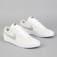 Nike SB Bruin Swan - Matte Silver - White Sneakers greatly benefit from shoe trees related to care, preservation, display and travel. Sole Trees makes premium shoe trees for sneakers Women's Shoes, Me Too Shoes, Nike Shoes, Shoes Style, Golf Shoes, Sports Shoes, Black Shoes, Sneakers Fashion, Fashion Shoes