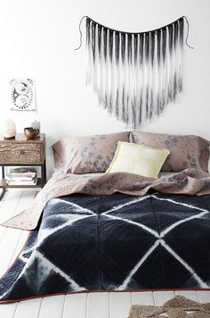 For guest bedroom - Lena Corwin X UO Earth Quilt Cama Tie Dye, My New Room, My Room, Home Bedroom, Bedroom Decor, Bedrooms, Bedroom Ideas, Urban Bedroom, Bedroom Inspo