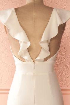 Robe longue blanche à col volant - White frill neckline maxi dress