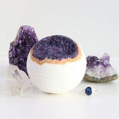 Amethyst Geode Ring Bath Bomb
