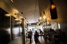ABC da cerveja artesanal  http://fugas.publico.pt/restaurantesebares/349141_catraio-craft-beer-shop
