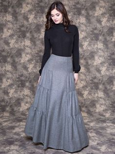 44 Romantic Fall Outfits for Style Women Fashion - fall fashion outfits romantic style women 577657089690253986 Modest Outfits, Skirt Outfits, Modest Fashion, Hijab Fashion, Dress Skirt, Fall Outfits, Fashion Dresses, Maxi Skirts, Romantic Style Fashion